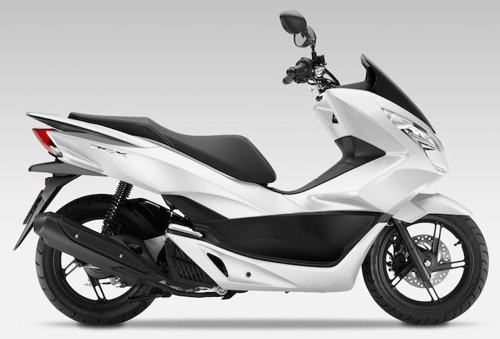 Avec ses évolutions, le scooter 125 Honda PCX gagne en autonomie