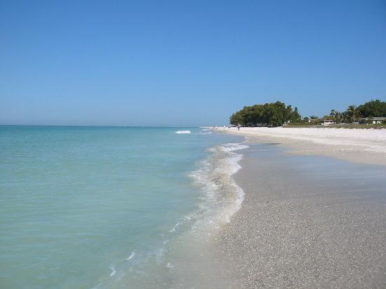 My favorite beach in Florida: Anna Marie Island <3