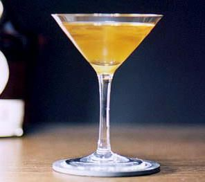 Sinaasappellikeur zelf maken. grand marnier jenever maken sinaasappellikeur, likeur, maken, sinaasappels, grand marnier, grand, marnier, jenever, aperitief, aperitiefje, receptie, alcohol, alcoholarm