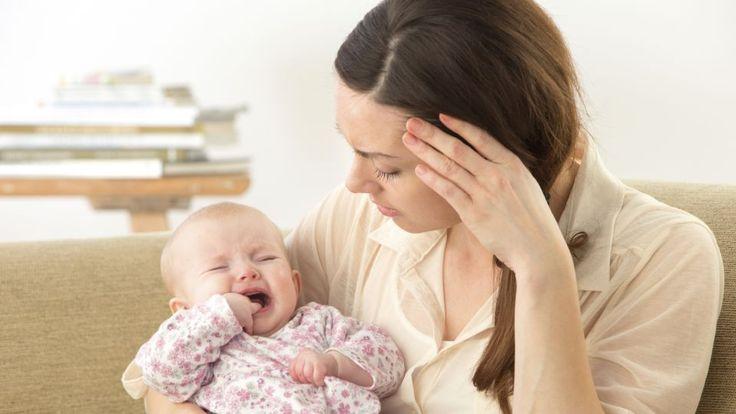 Så er det slået fast: Det kan ikke lade sig gøre ikke at have mælk nok, når første amningen fungerer. Amning kan være en tricky størrelse for en nybagt mor, der er helt rundt på gulvet oven på en fødsel. Selvom amning biologisk set er noget af det mest naturlige, fører det hos mange til frustration og skuffelse. Ofte skyldes det måske,