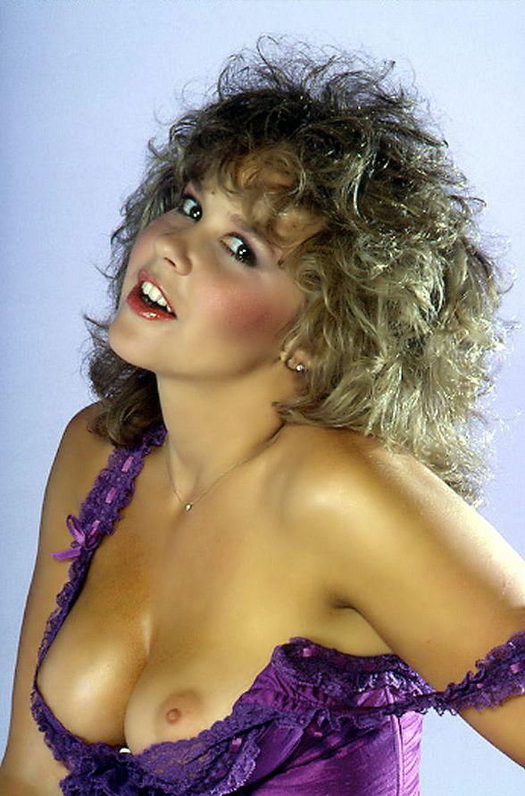 La famosa Linda Blair, la nia del exorcista, desnuda