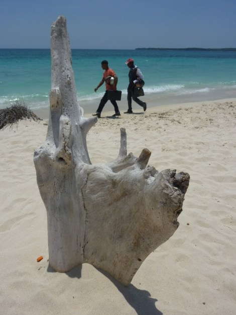 Colombia's Caribbean Coast – Beaches on a Budget « South America Journeys