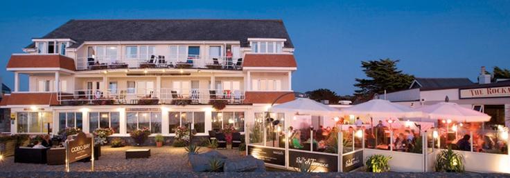 Cobo Bay Hotel, Castel