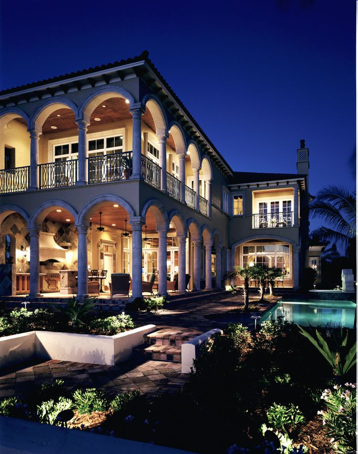 Styled By Interior Designer Marc Michaels Ocean Drive Vero Beach Florida Nestled Between The Scenic Indian River And Atlantic