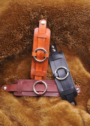 Unisex Leder Manschette Armband mit Silber Ring - 2 Zoll breit                                                                                                                                                     Mehr