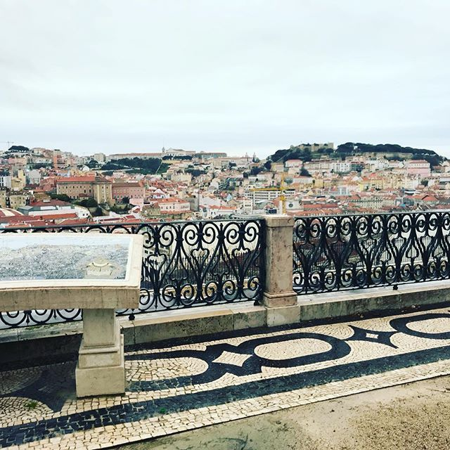 Rainy or sunny weather I will always love this view  #lisboa #lisbon