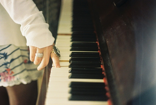weekend: Photos, Girl, Life, The Piano, Piano Music, Play, Photography