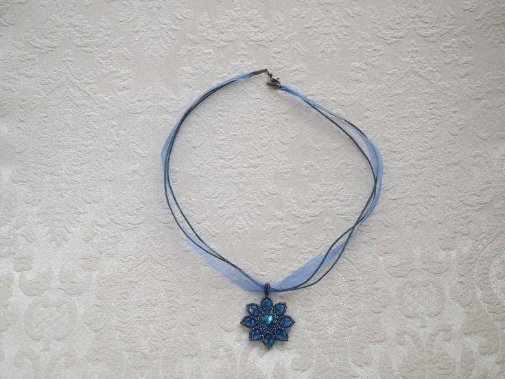 Kék Ary medálos nyaklánc