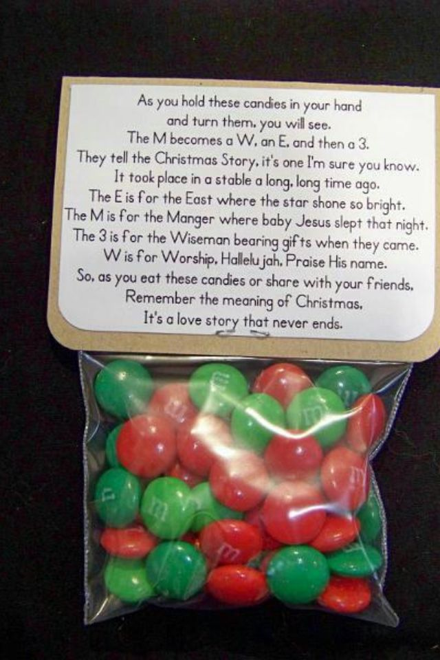 """""""M & M Christmas Story: I've never seen this before, what a"""