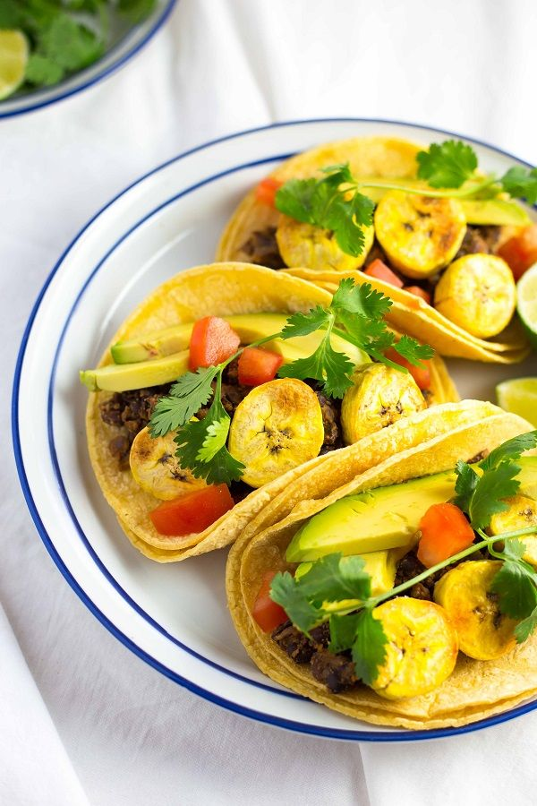 Black Bean & Roasted Plantain Tacos with Avocados. A meatless taco that is so filling and flavorful! {gluten free, vegan}