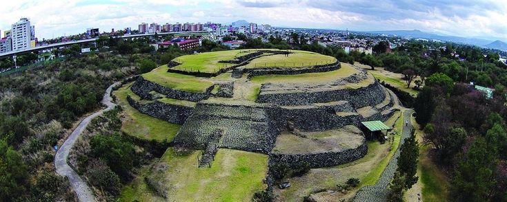 Cuicuilco zona arqueológica.