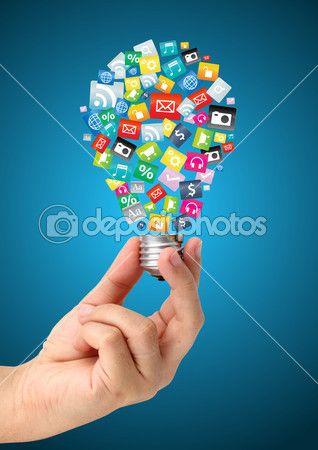 рука проведение творческой идеи с облаком значок красочные приложения, Бизнес программного обеспечения и социальных средств массовой информации, сетевые концепции обслуживания — Стоковое изображение #37313395