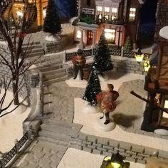 The 25+ best DIY Christmas village platform ideas on Pinterest