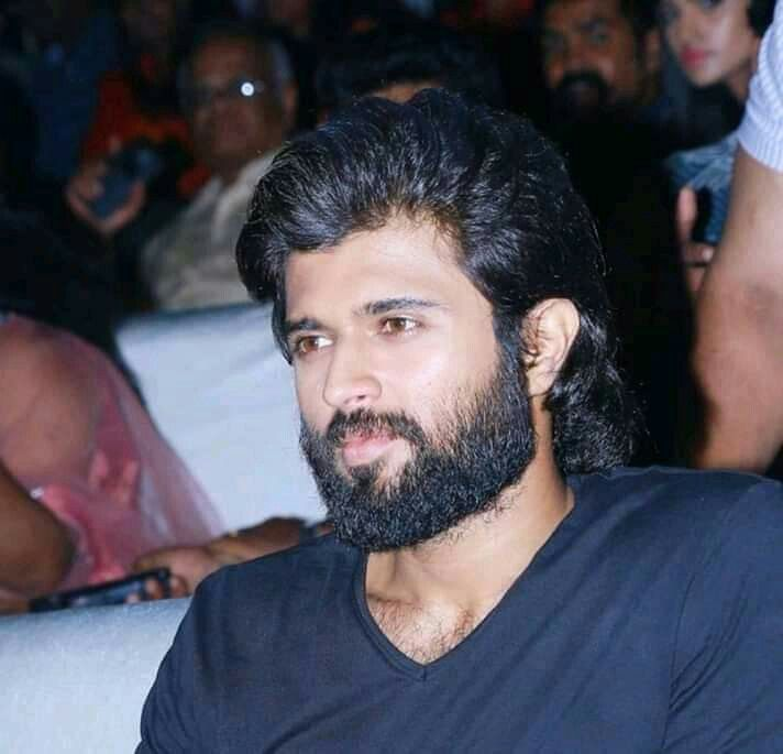 Pin By Gowri On Rowdy Boy Hairstyles Vijay Devarakonda Hrithik Roshan