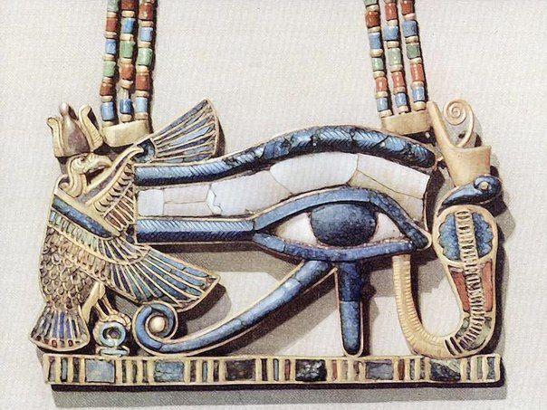 Уаджет (также око Ра или глаз Гора) — древнеегипетский символ, левый соколиный глаз бога Гора, который был выбит в его схватке с Сетом. Правый глаз Гора символизировал Солнце, а левый глаз — Луну, его повреждением объясняли фазы луны.