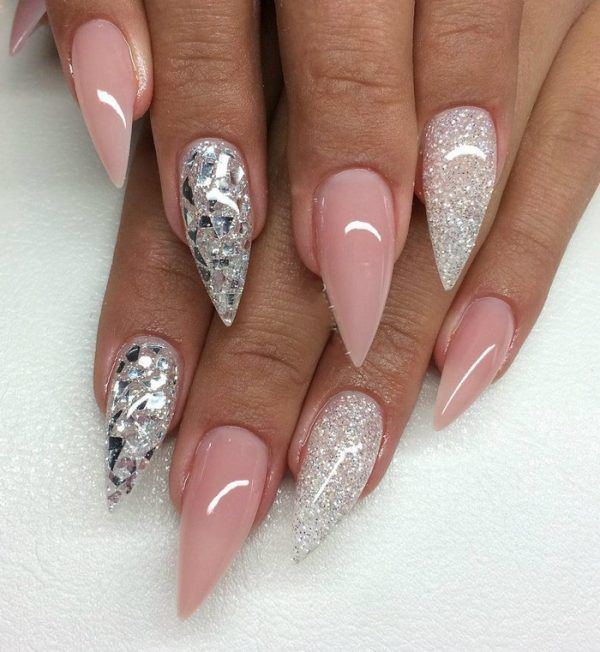 Stiletto Nail Art Designs are oval formed nails that are more pointed than adjusted at the tip, and are normally long. They have been as of late highlighted in the design world with various famous people like Rihanna, Lady Gaga and Katy Perry. These ultra-pointy nails are dauntless, exquisite and attractive. Stiletto Nail Art Designs…