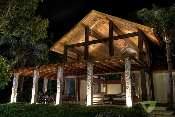 Navegue por fotos de Casas campestres: Casa de Campo Quinta do Lago – Tarauata. Veja fotos com as melhores ideias e inspirações para criar uma casa perfeita.