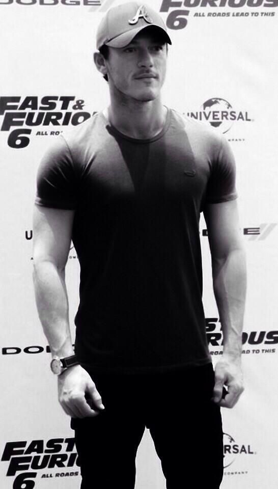 Luke Evans doing nice things for the tshirt industry. (#DaisysBeautifulManSpam)