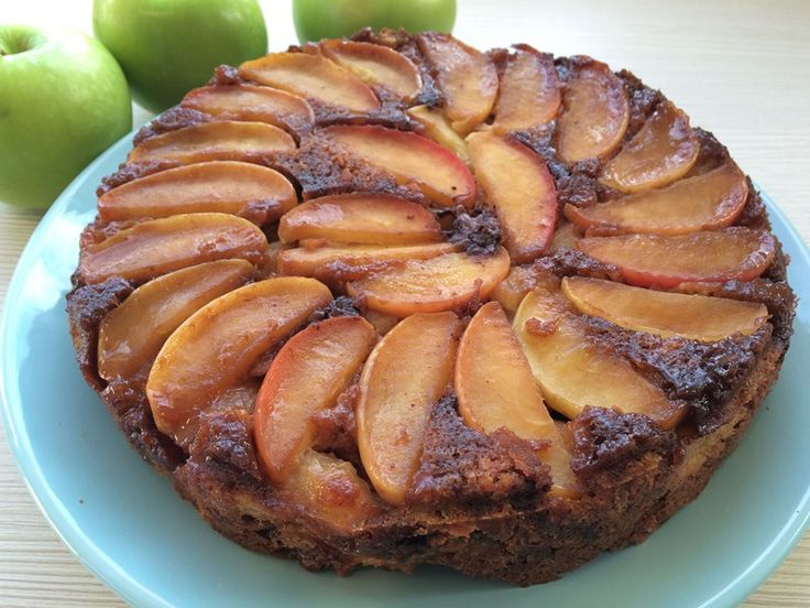 Upside-down Apple Cinnamon Cake
