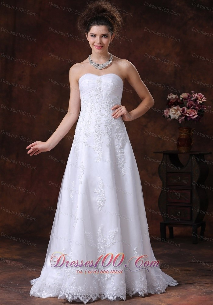 Spectacular spring Quinceanera gown in Lyon Cheap wedding dress discount wedding dress affordable wedding dress
