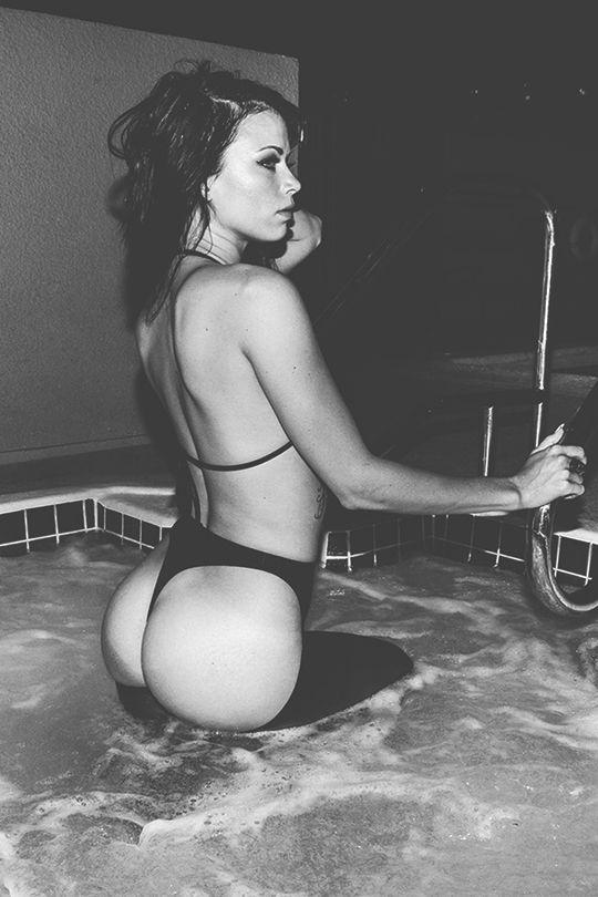 Flo white girl showering porn