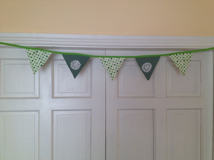 Want to send a little reminder of home to a loved one? Shamrock Doily Bunting, 3ft long 5 flag, Double Sided. email thecraftyshamrock@gmail.com