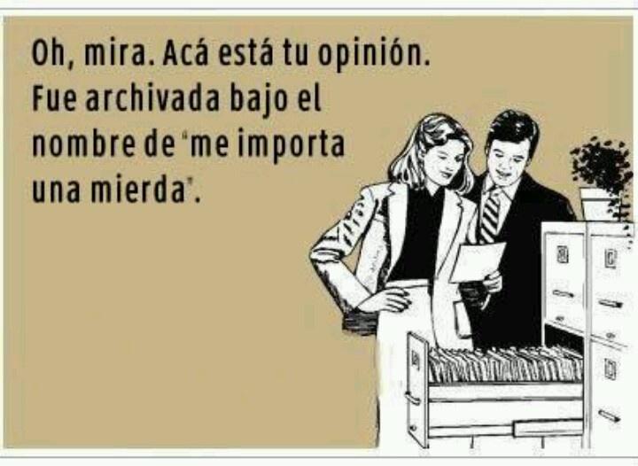 """me importa una mierda"" - translation: I don't give a fuck | LOL #funny"