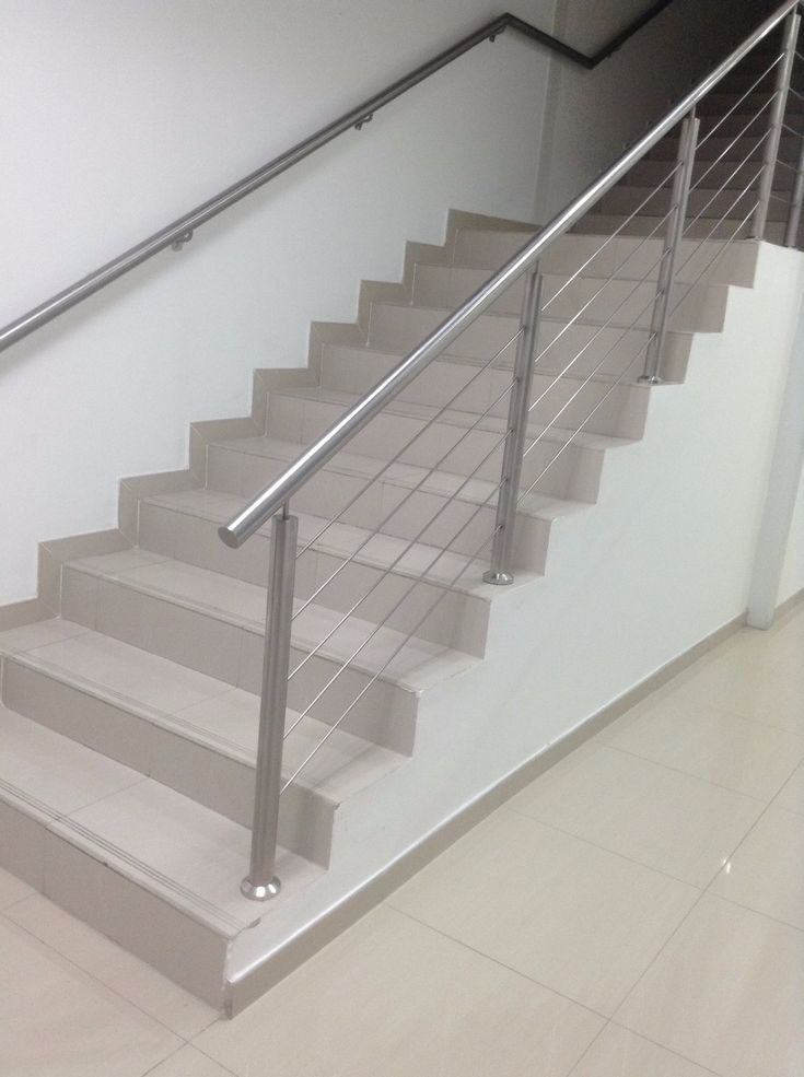M s de 25 ideas incre bles sobre barandas metalicas en for Escalera aluminio plegable easy