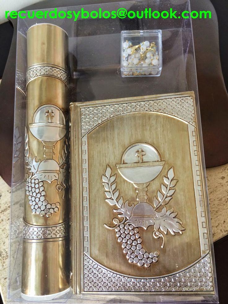 Bolos y recuerdos para Bautizo y Primera Comunion: set de Biblia con vela y rosario