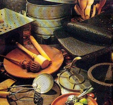 cocina Mexicana - the right tools Real Mexican Food, Mexican Cooking, Mexican Style, Mexican Food Recipes, Mexican Kitchens, Mexican Dishes, Cooking Utensils, Cooking Tools, Cooking Stuff