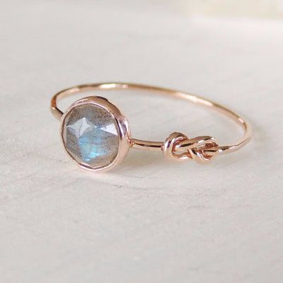 Labradorite Ring - Infinity Knot Ring in 14k Gold - Stacking Ring
