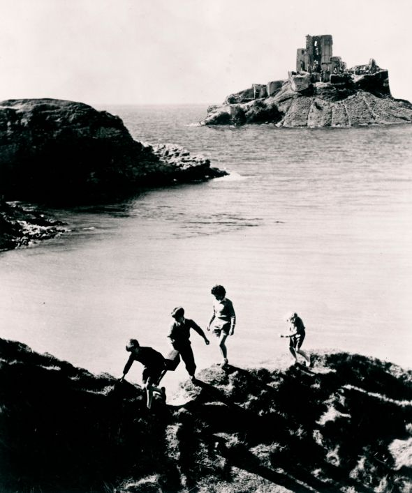 Five on a Treasure Island (1957)