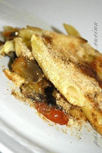 Un delizioso primo piatto a forno con le melanzane a funghetto, ottimo primo piatto, semplice, veloce, con verdure