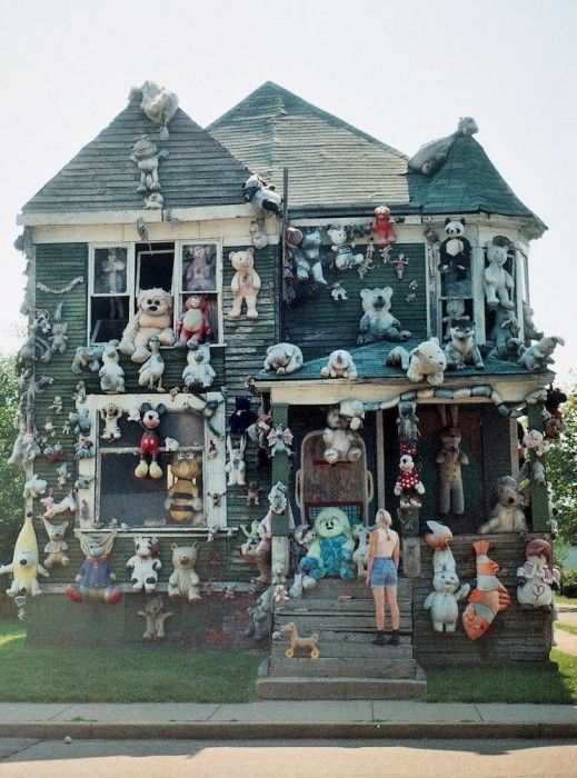Street of Dreams | A visit to Detroit's Heidelberg Project.   Photographs by Lauren Poor