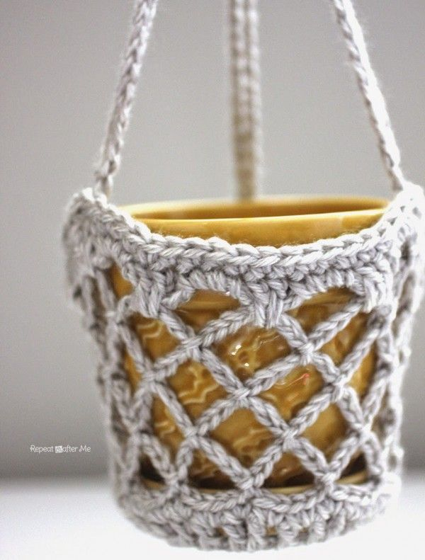 #Crochet flower pot hanging basket free pattern from @repeatcrafterme