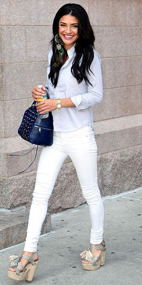 jessica szohr. white jeans, pale blue oxford, and topshop heels.