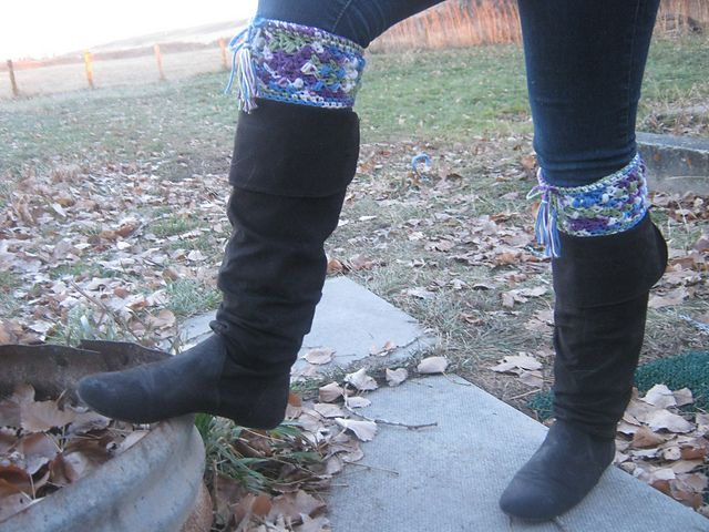 Ravelry: CandidQuilts' My Fair Lady Boot Cuffs