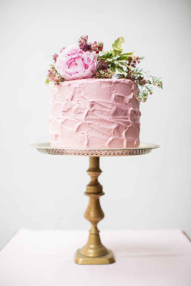 Best 25 10 tier wedding cakes ideas on pinterest one tier cake 24 spectacular one tier wedding cakes junglespirit Images