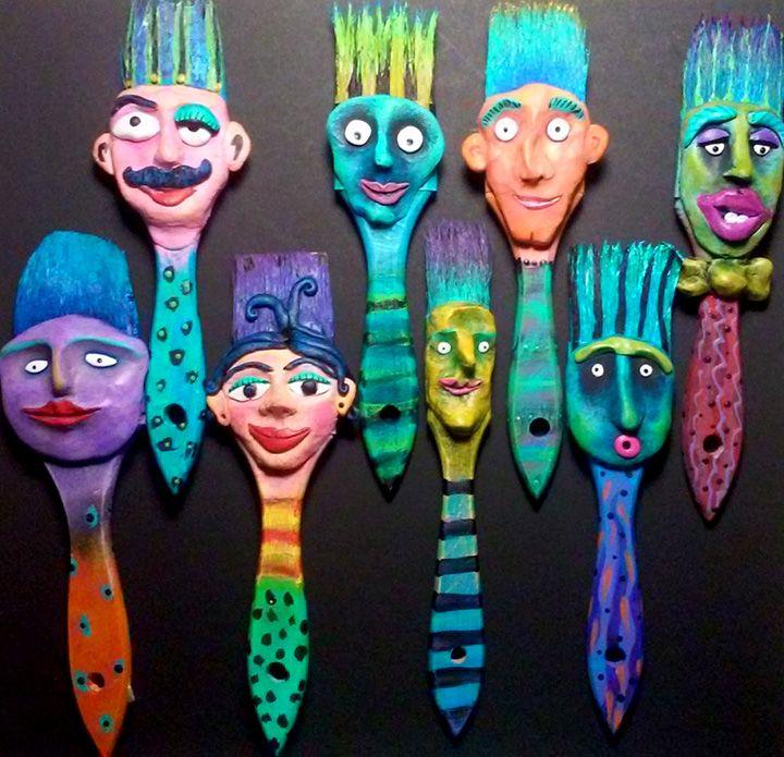 Holiday Brush Heads - mixed media class at Art Mundo in Fort Pierce