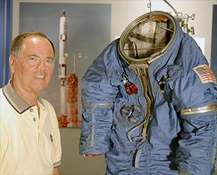 Into the blue: Boeing's Starliner spacesuit and past blue astronaut wear | collectSPACE