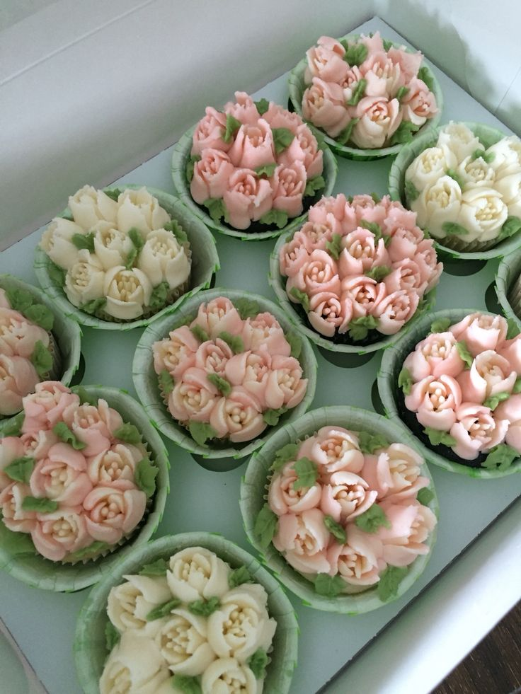 Spring cupcakes, Russian tips. Pink, white, and green.