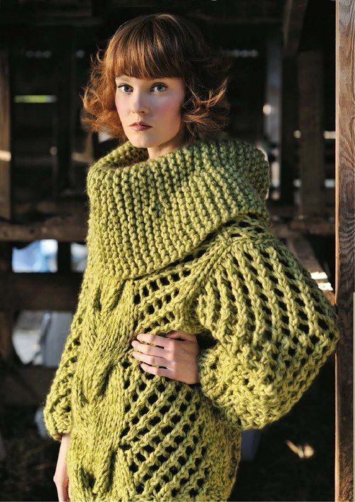 I hate garter stitch so I'd change the cowl to a rib knit but the rest is Gorg!