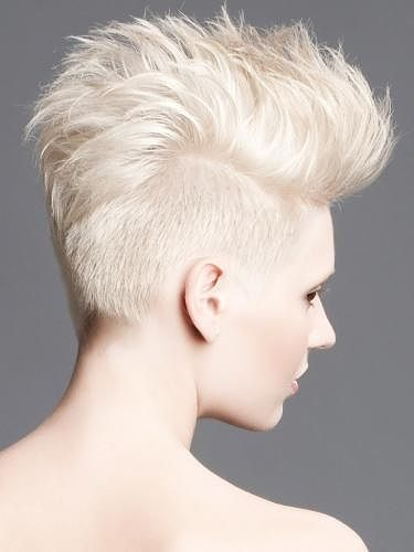 Sultry Short Hair Styles 2011