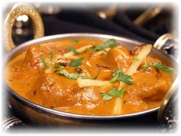 Butter Chicken. This butter chicken recipe is from Pakistani cuisine very little spices are used, its taste develops only with yogurt and butter but sometimes cream is also used to make it more rich. However, in original butter chicken is prepared only with yogurt and butter. http://www.recipedose.com/2010/01/butter-chicken-recipe.html