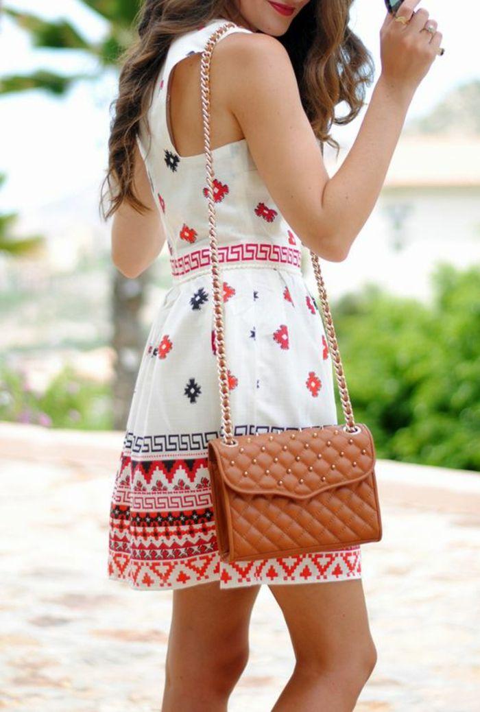 robe d'été à imprimé ethnique aztèque et sac en bandoulière en cuir