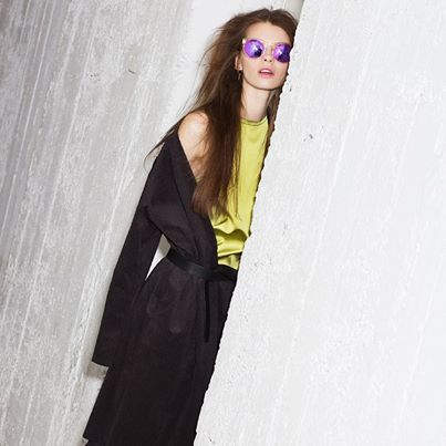 Hide and seek > Take a look at RedMilkMagazine fashion story at WHITE http://bit.ly/1okJYPQ