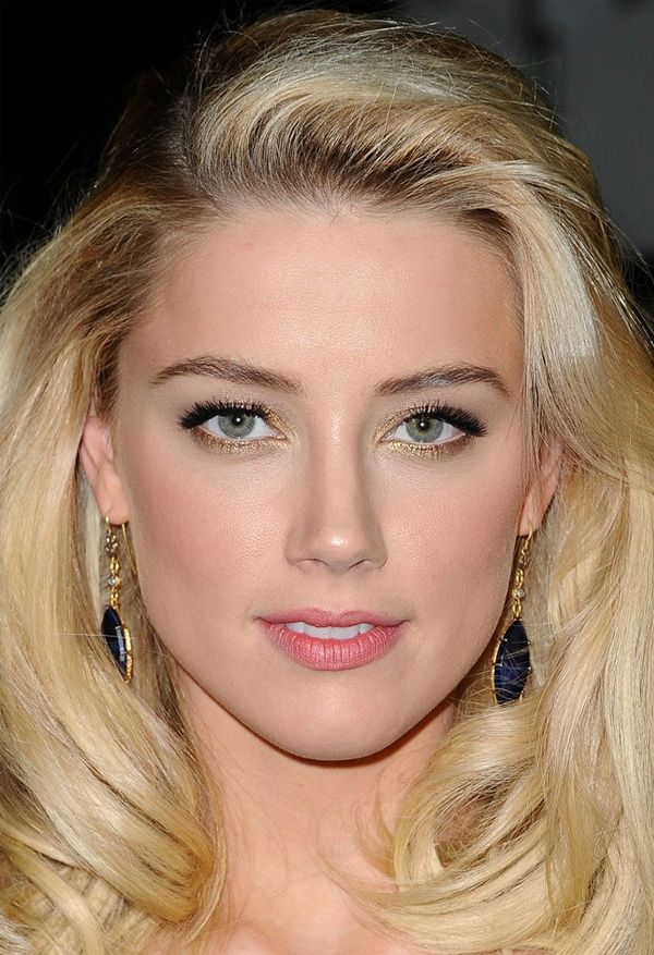 Amber Heard. 4 Maquiagens Muito Fáceis para Copiar Já