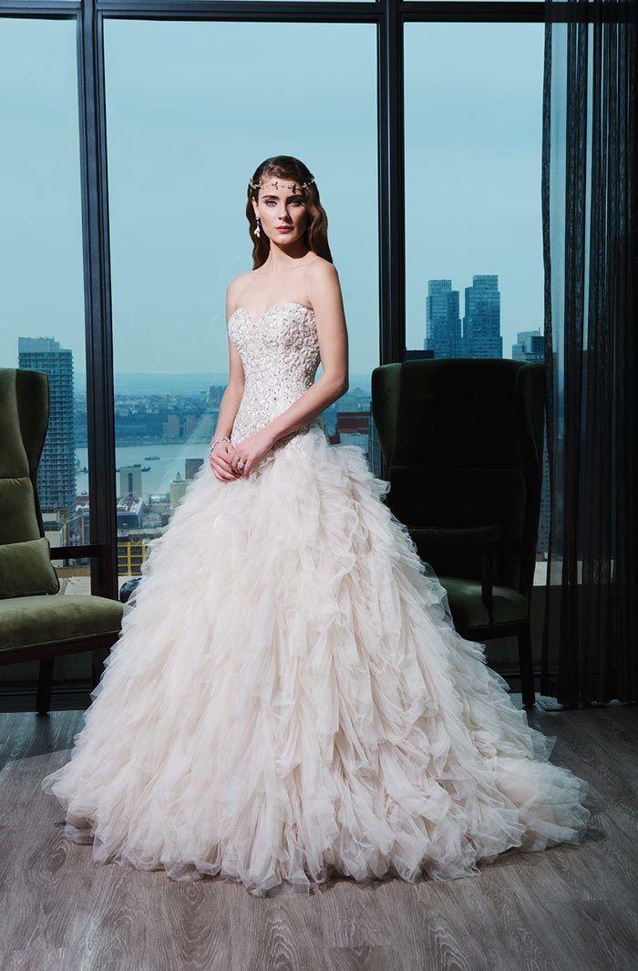 44 best Wedding Dresses images on Pinterest | Short wedding gowns ...