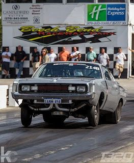 Aussie Valiant Charger At Drag Week 2013