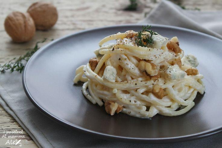 Spaghetti gorgonzola, yogurt e noci   I pasticci di mamma Alex